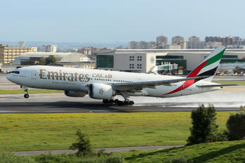 A6-EWD - Emirates Airlines Boeing 777-200LR