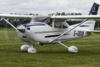 G-GBUN - Private Cessna 182T Skylane