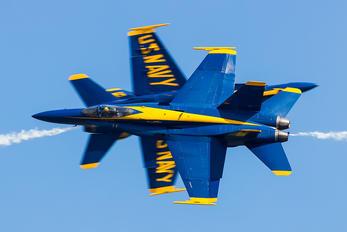 163491 - USA - Navy : Blue Angels McDonnell Douglas F/A-18C Hornet