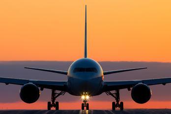 C-GHLU - Air Canada Boeing 767-300ER