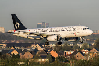 TC-JPF - Turkish Airlines Airbus A320