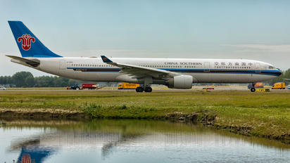 B-5951 - China Southern Airlines Airbus A330-300