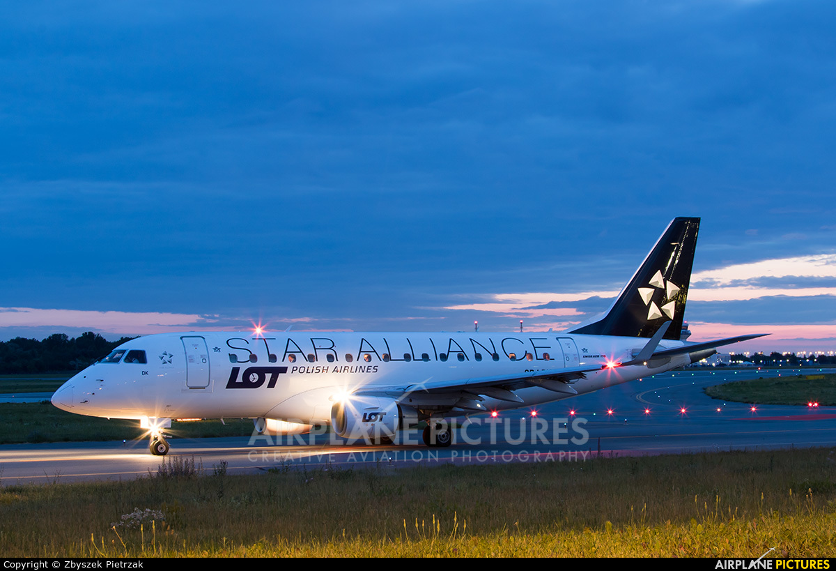 LOT - Polish Airlines SP-LDC aircraft at Warsaw - Frederic Chopin
