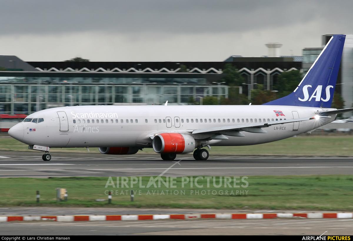 SAS - Scandinavian Airlines LN-RCX aircraft at London - Heathrow