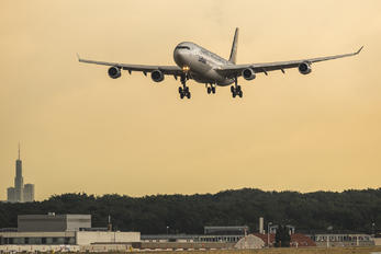 D-AIGN - Lufthansa Airbus A340-300