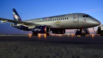 RA-89043 - Aeroflot Sukhoi Superjet 100