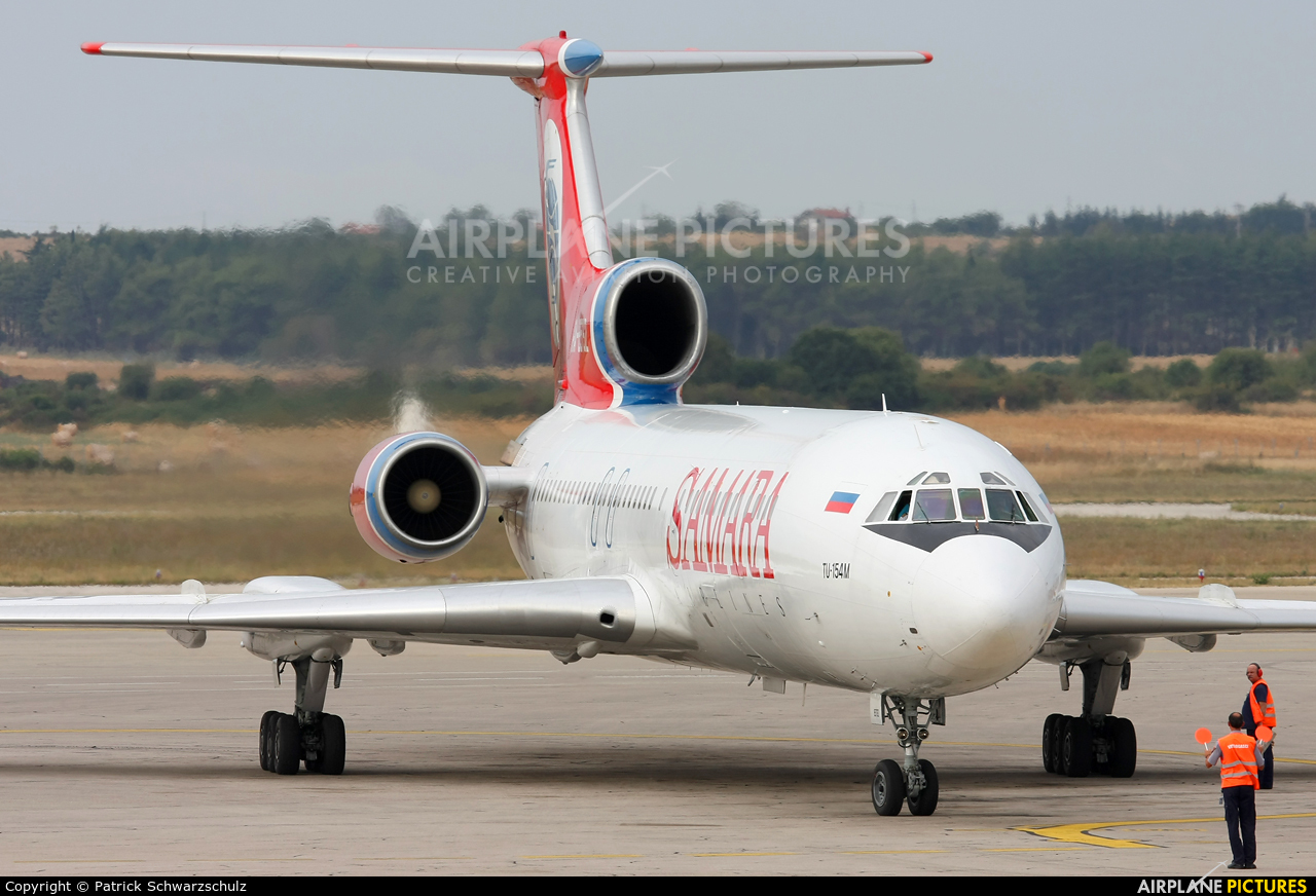 Samara RA-85792 aircraft at Pula