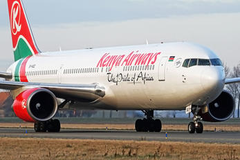 5Y-KQZ - Kenya Airways Boeing 767-300ER