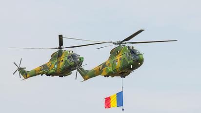 96 - Romania - Air Force IAR Industria Aeronautică Română IAR 330 Puma