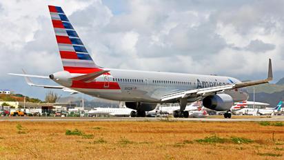 N942UW - American Airlines Boeing 757-200
