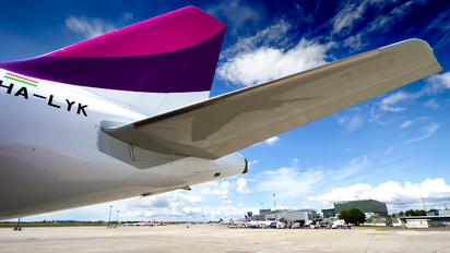 HA-LYK - Wizz Air Airbus A320