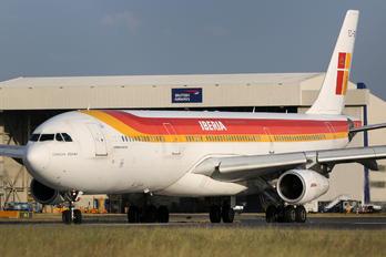 EC-GGS - Iberia Airbus A340-300