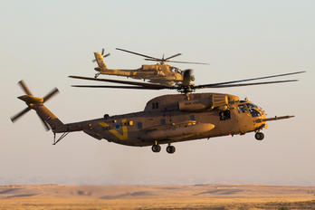 042 - Israel - Defence Force Sikorsky CH-53 Sea Stallion