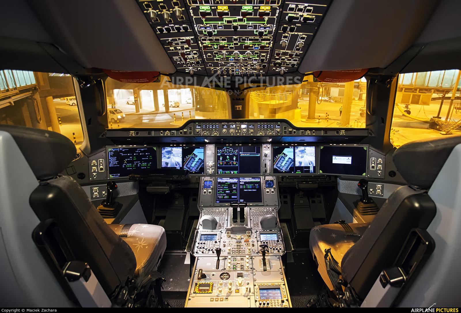 Qatar Airways A7-ALA aircraft at New Doha