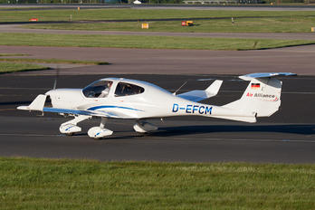 D-EFCM - Private Diamond DA 40 Diamond Star
