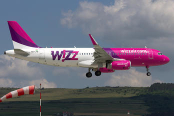 HA-LYB - Wizz Air Airbus A320