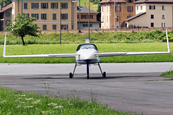I-MEZE - Private Rutan Long-Ez