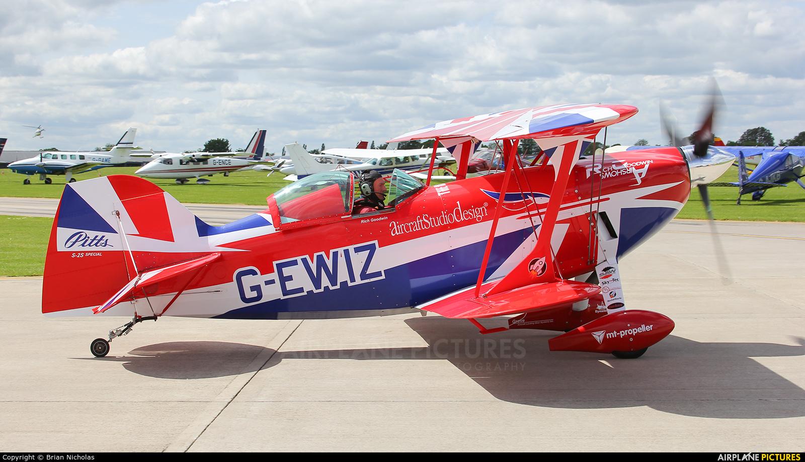 Rich Goodwin Airshows G-EWIZ aircraft at Northampton / Sywell