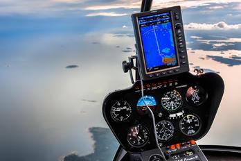 OH-HEV - Private Robinson R44 Astro / Raven