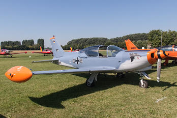 D-EGMR - Private SIAI-Marchetti SF-260