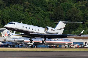 N583AJ - Private Gulfstream Aerospace G-IV,  G-IV-SP, G-IV-X, G300, G350, G400, G450