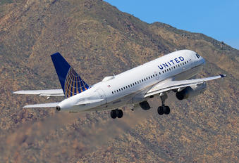 N853UA - United Airlines Airbus A319
