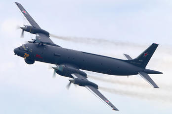 RF-75338 - Russia - Navy Ilyushin Il-38