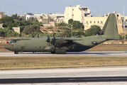 RAF Lockheed Hercules C.4 stopover in Malta title=