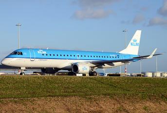 PH-EZZ - KLM Cityhopper Embraer ERJ-190 (190-100)