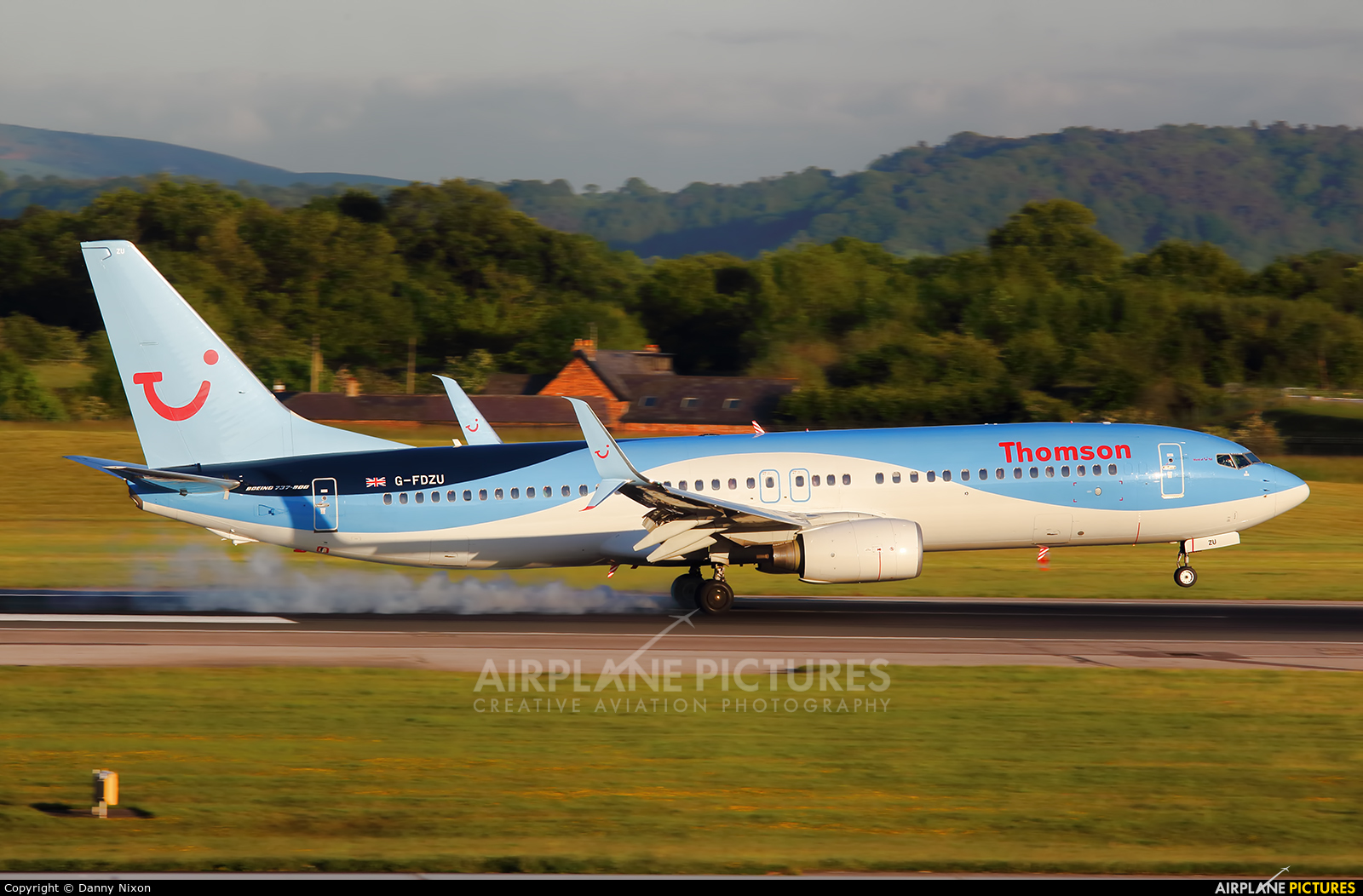 Thomson/Thomsonfly G-FDZU aircraft at Manchester