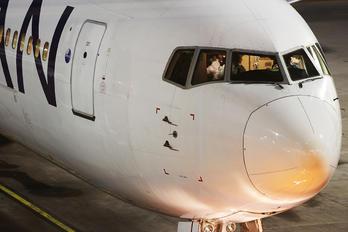 LV-CFV - LAN Argentina Boeing 767-300