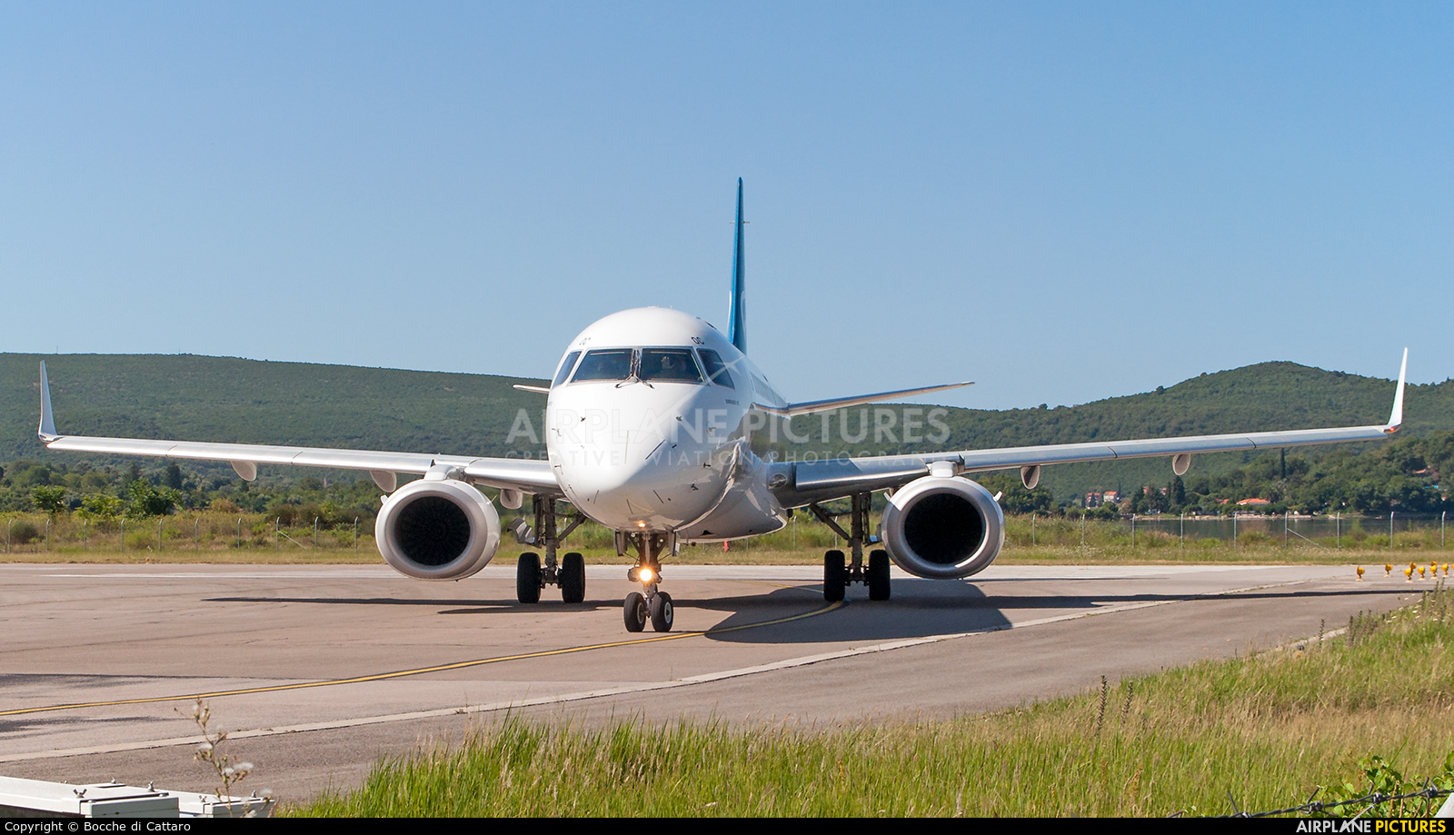 Montenegro Airlines 4O-AOC aircraft at Tivat