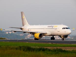 EC-MCU - Vueling Airlines Airbus A320