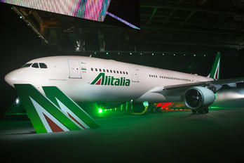 I-EJGA - Alitalia Airbus A330-200