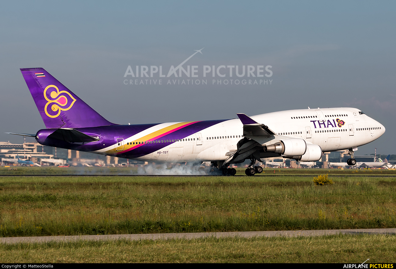 Thai Airways HS-TGT aircraft at Milan - Malpensa