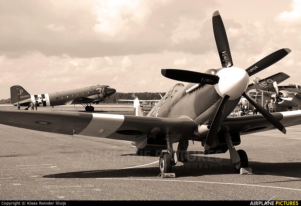 Private F-AZJS aircraft at Lelystad