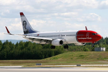 LN-NOP - Norwegian Air Shuttle Boeing 737-800