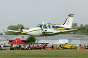 LV-HIO - Private Beechcraft 58 Baron aircraft