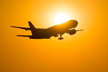 - - Unknown Boeing 777-200ER