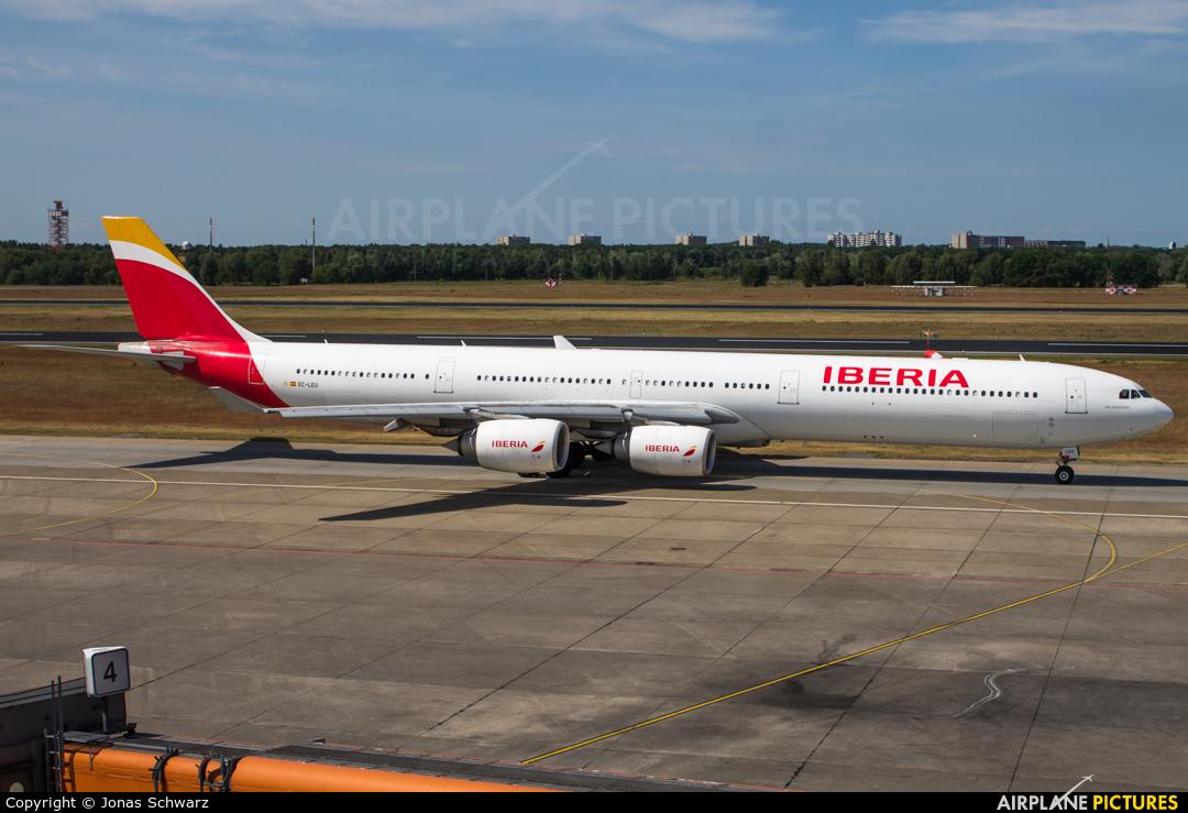 Iberia EC-LEU aircraft at Berlin - Tegel