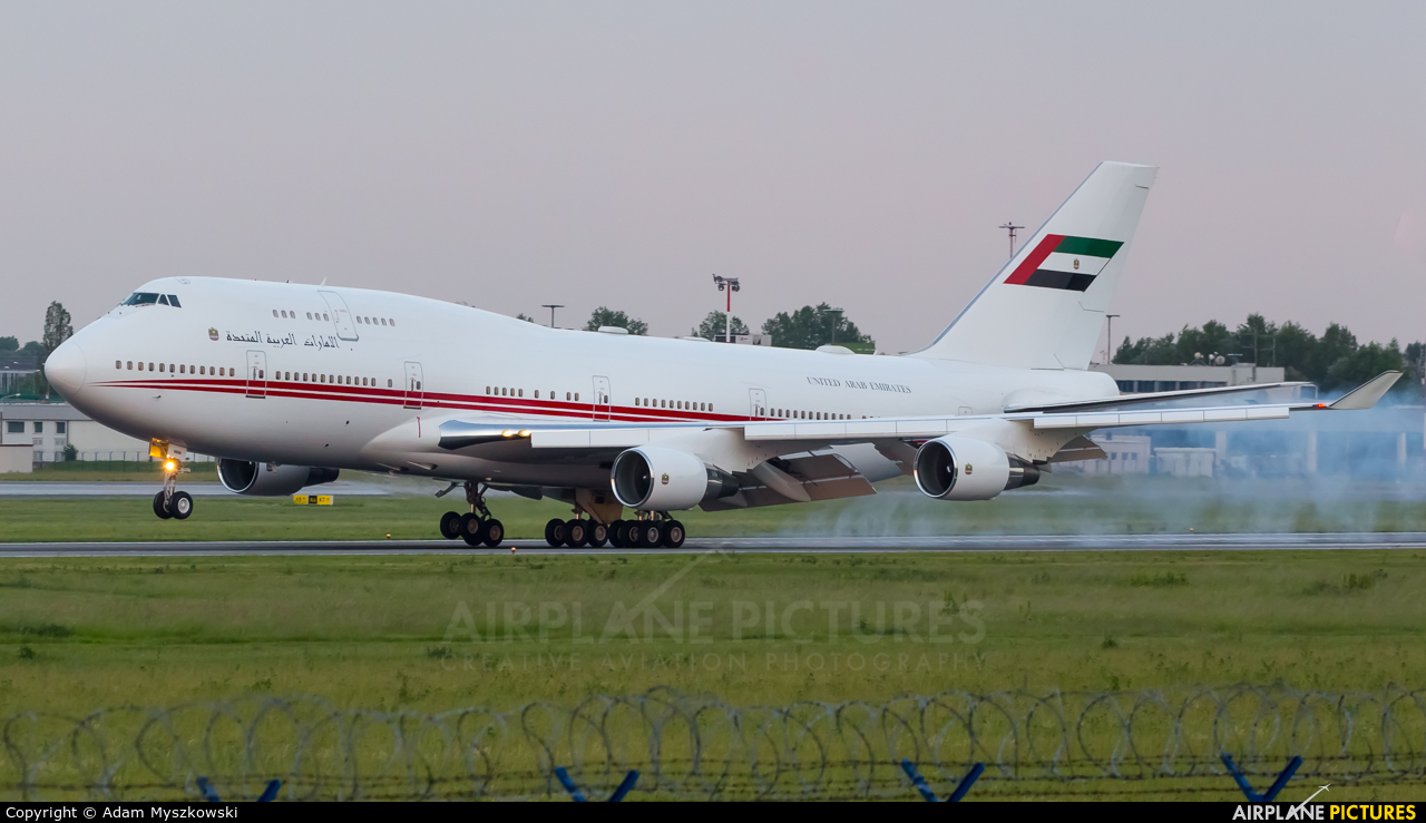 United Arab Emirates - Government A6-MMM aircraft at Warsaw - Frederic Chopin