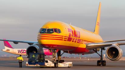 D-ALEG - DHL Cargo Boeing 757-200F