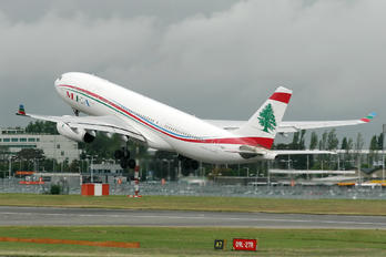 F-ORMA - MEA - Middle East Airlines Airbus A330-200