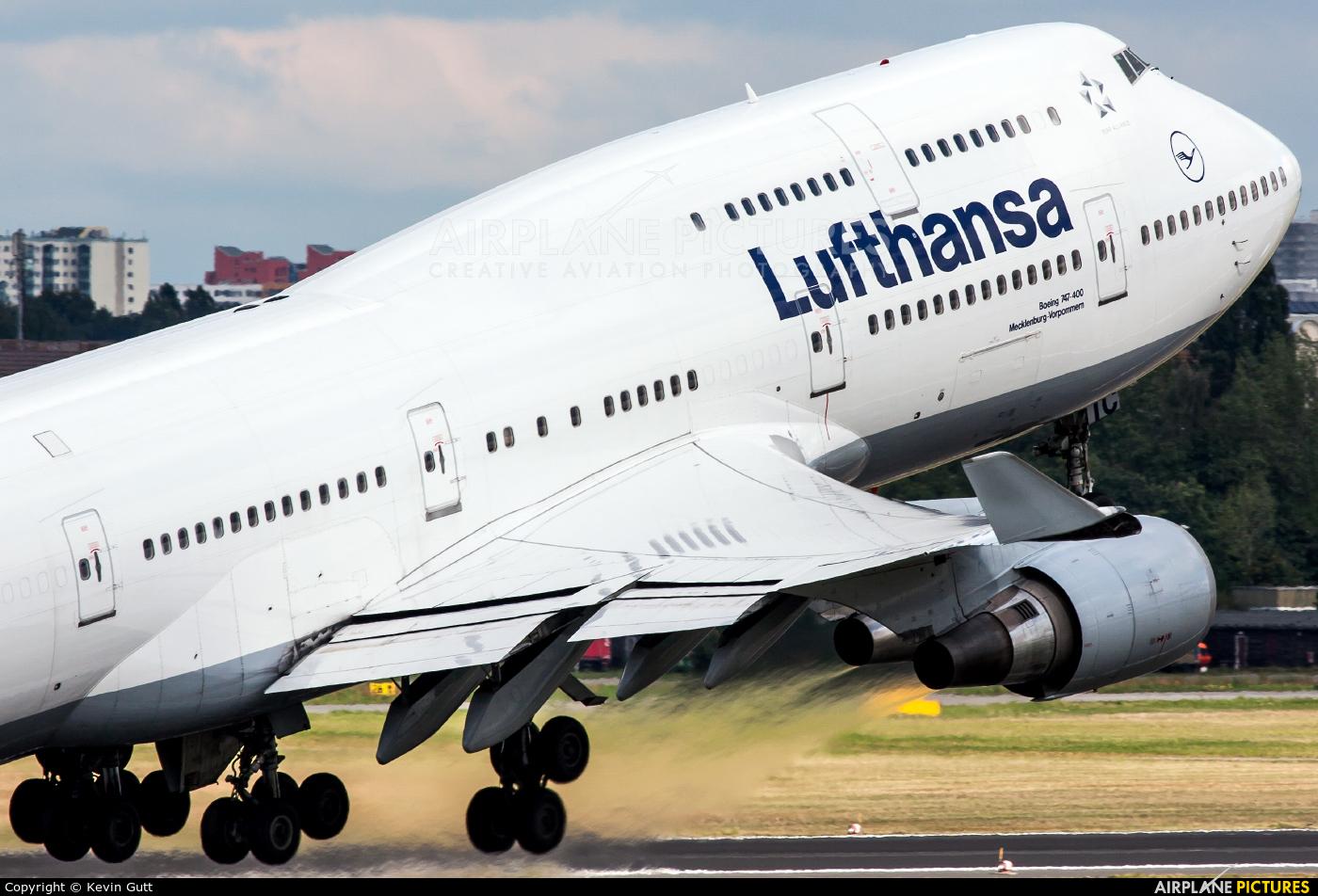Lufthansa D-ABTC aircraft at Berlin - Tegel