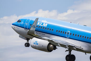 PH BGI - KLM Boeing 737-700