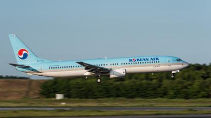 HL7724 - Korean Air Boeing 737-900