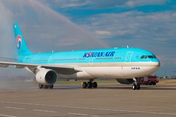 HL-8026 - Korean Air Airbus A330-300