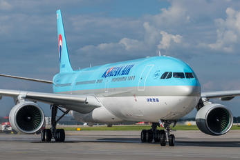 HL8026 - Korean Air Airbus A330-300