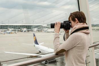 - - Lufthansa Airbus A330-300