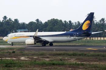 VT-JBM - Jet Airways Boeing 737-800